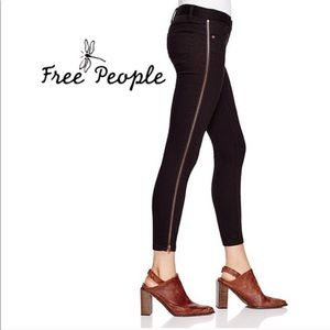 FREE PEOPLE WASHED BLACK ZIPPER LEG SKINNY JEANS